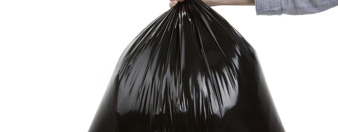 Полный мусорный пакет