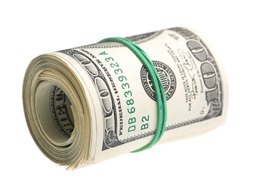 Банковскую резинку используют для фиксации купюр
